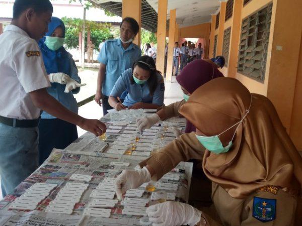Pastikan Bebas Narkoba, Siswa SMK Negeri 3 Sibolga Jalani Tes Urine